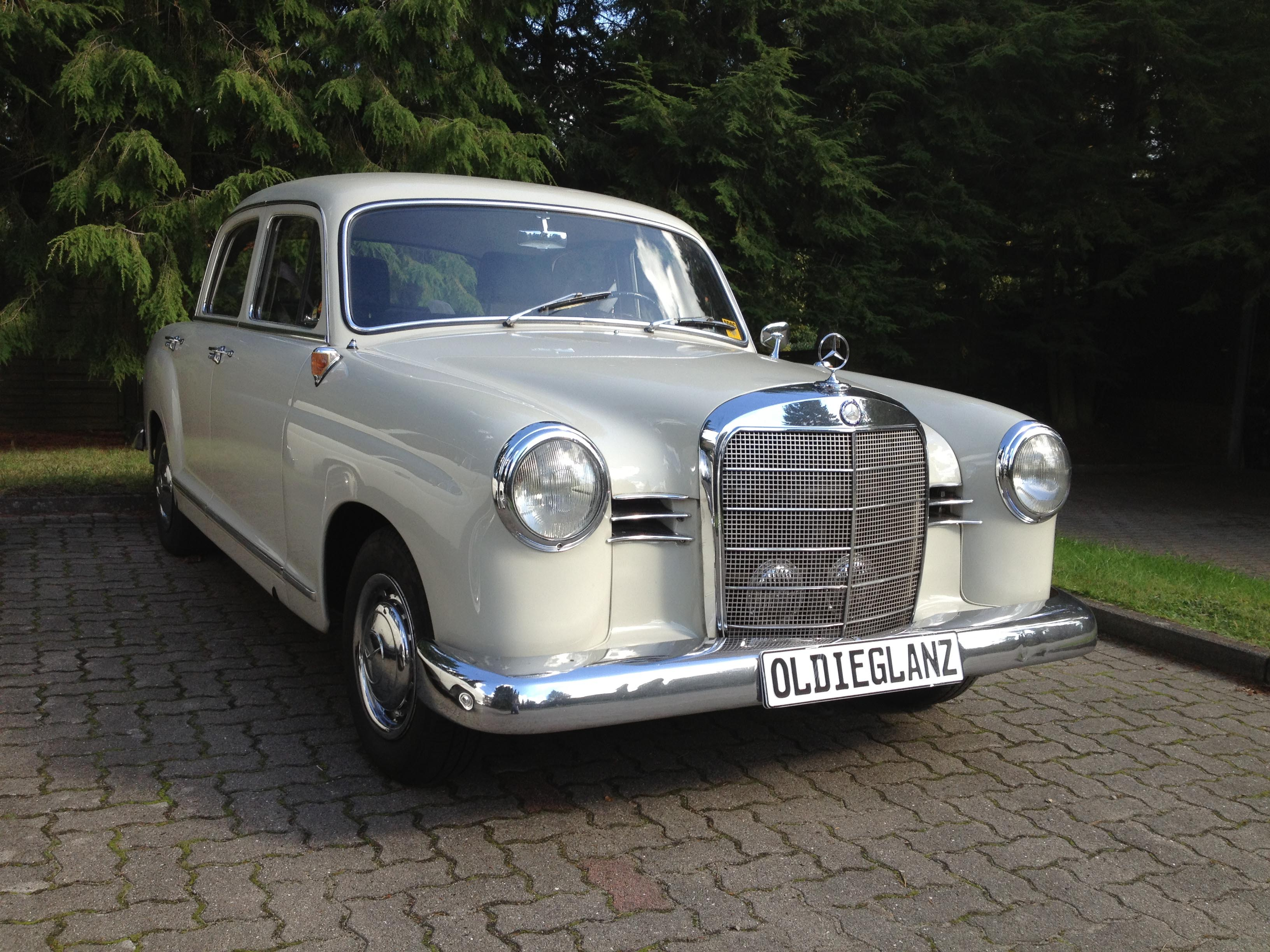 Oldieglanz Die Sto Stangen Manufaktur Mercedes Ponton